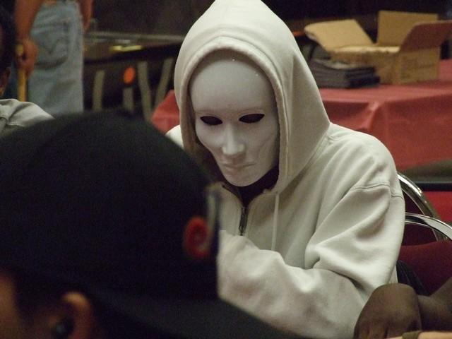 jugador de poker anónimo