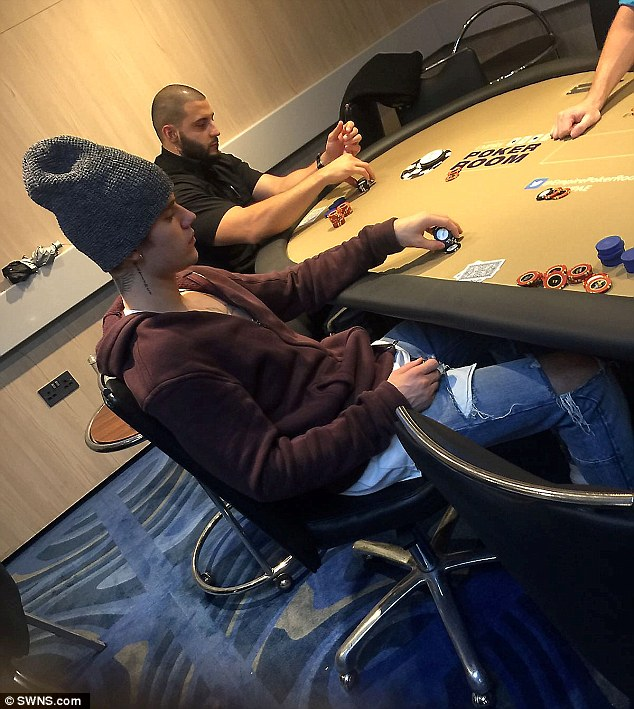 Justin Bieber playing poker in London
