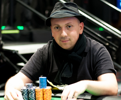 Nick Yunis poker jugador