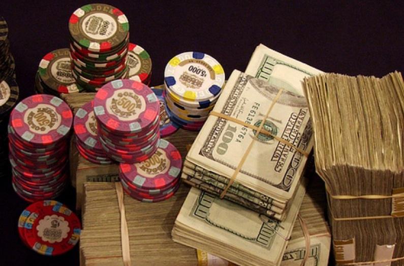 greshams law poker