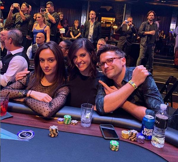 Cat Valdes na turnieju pokerowym